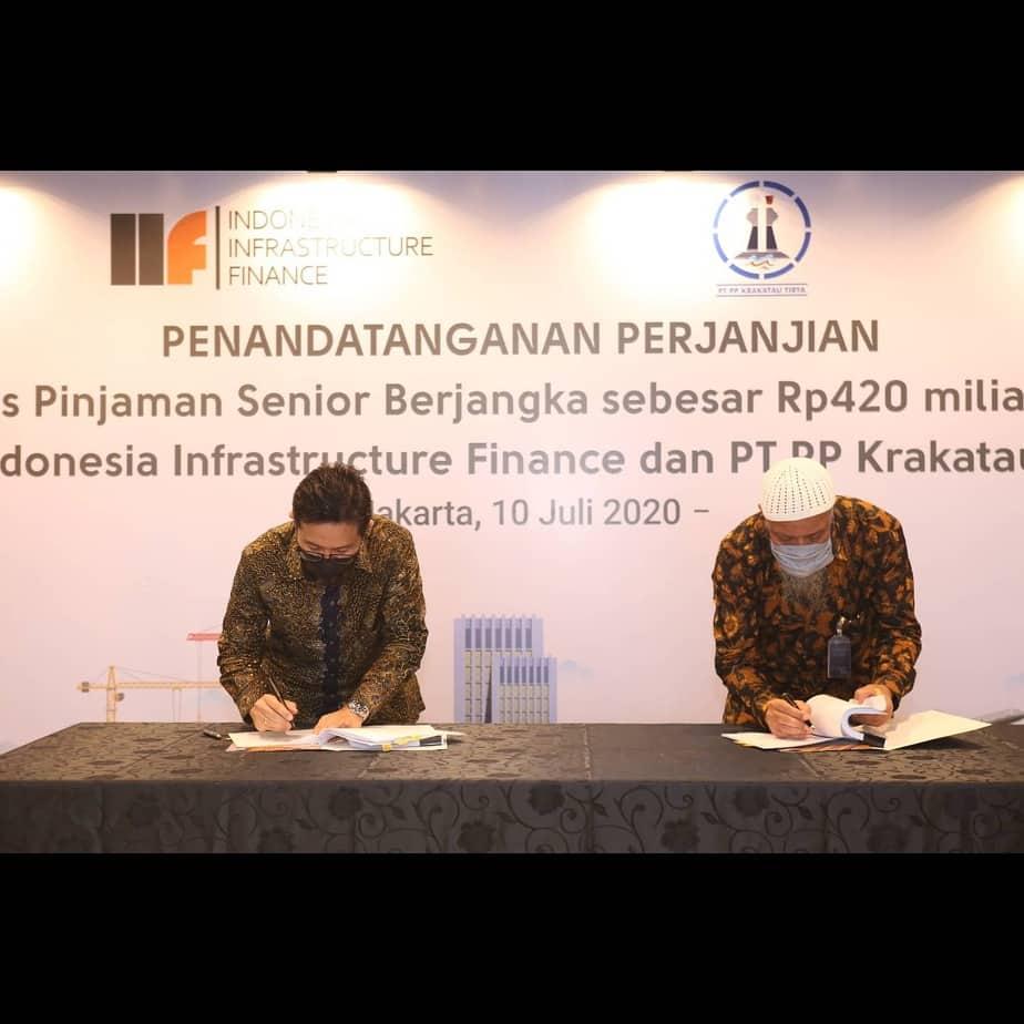Penandatanganan Perjanjian Fasilitas Pinjaman Senior Berjangka sebesar Rp 420 Milyar antara PT Indonesia Infrastructure Indonesia & PT PP Krakatau Tirta